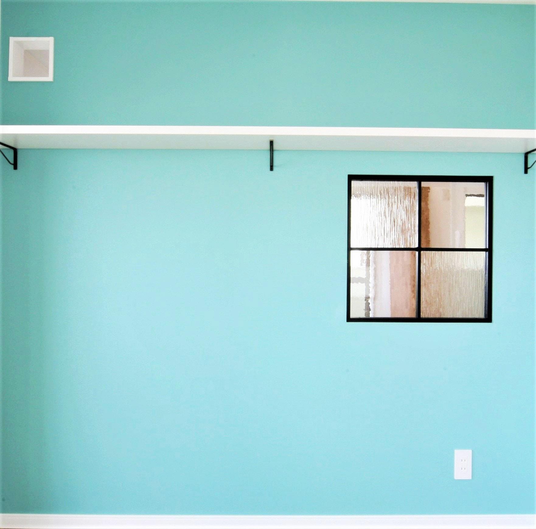 ~キャットウォークプラン例~ 飾り窓・棚設置、壁紙貼替(同一タイプ) 工事費30万 ※ペット可物件のみ